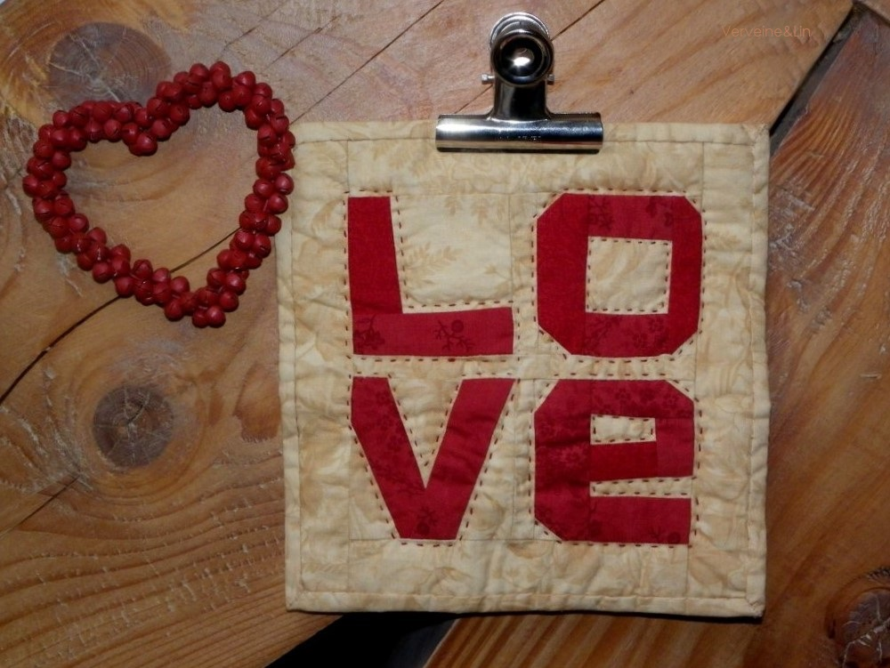 quilt miniature LOVE