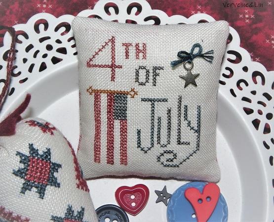 4th july pincushion