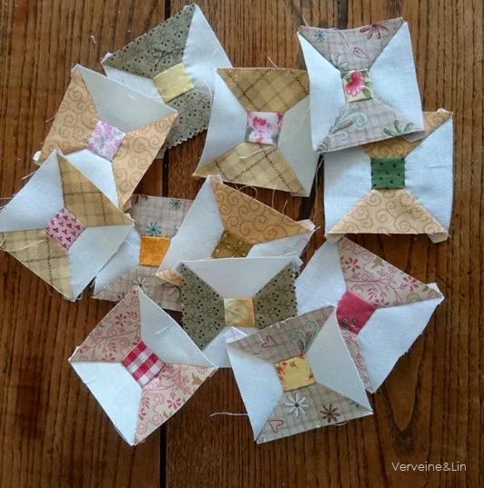quilt miniature Precious Threads d'après Laural Arestad dans Simply Vintage magazine