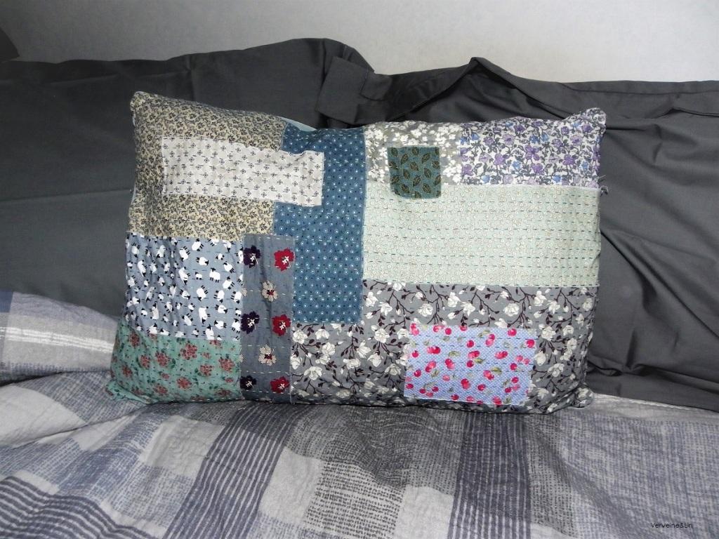 coussin en kantha stitching